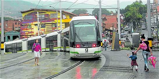 Tranvía: Un sueño de ciudad que se realizó en tres administraciones