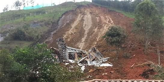Deslizamiento en zona turística de Guatapé deja dos muertos