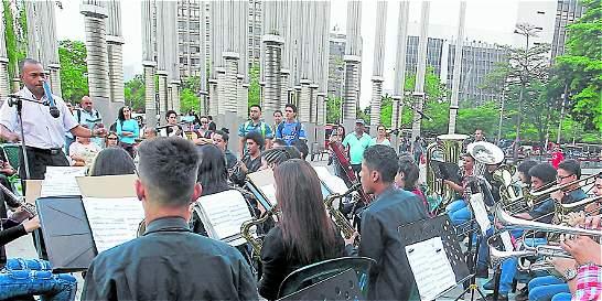 'Transformar vidas a través de la música'