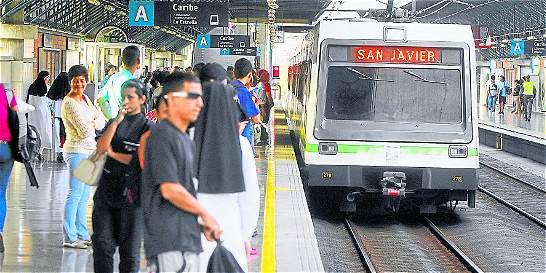 Polémica por metro gratis en emergencia ambiental