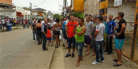 Más de cien migrantes cubanos aún se encuentran en Turbo