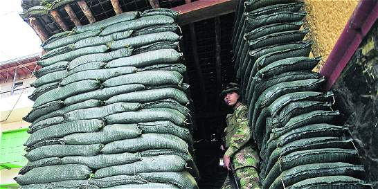 Las razones del retiro de trincheras de la Fuerza Pública en Ituango