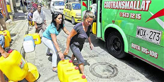 Trabajan para llevar servicios públicos a barrios de Medellín