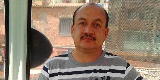 Defensor de derechos humanos de Medellín fue desplazado de su hogar