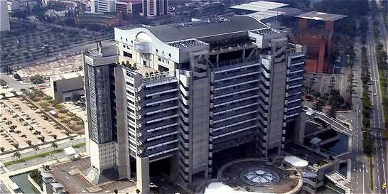 Empleados y contratistas de EPM capturados por millonario fraude