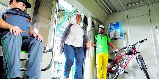 Al metro de Medellín ingresan 450 bicicletas mensuales