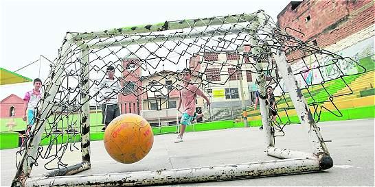 250 escenarios deportivos de Medellín necesitan mantenimiento