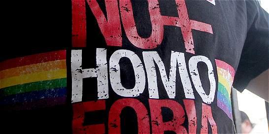 Denuncian caso de homofobia y desplazamiento intraurbano en Medellín
