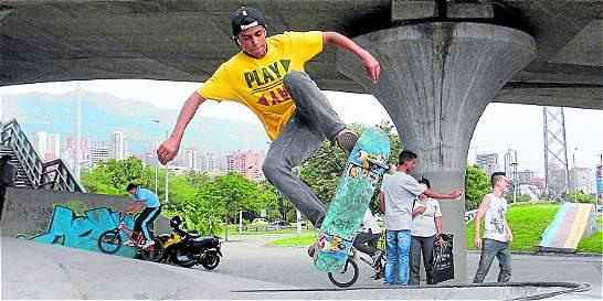 En Medellin los puentes se adaptan a las ruedas