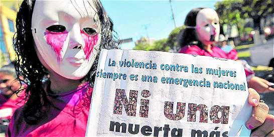 La violencia contra la mujer bajó en Medellín