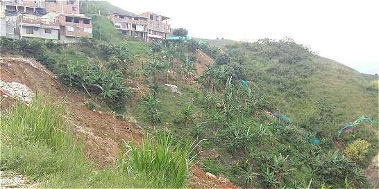 Desalojan viviendas por dos emergencias en el valle de Aburrá
