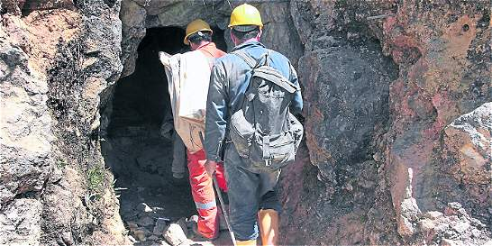 Buscan poner fin a paro minero en Antioquia