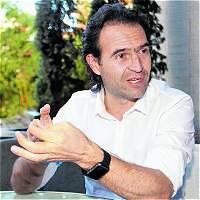 Alcalde de Medellín reitera apoyo a jóvenes que se desmovilicen
