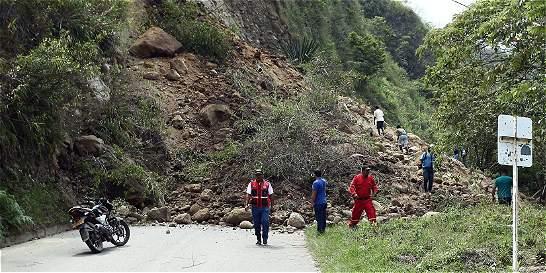 5 menores de edad entre las víctimas de alud de tierra en Antioquia