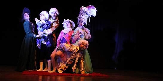 'Las preciosas ridículas', una obra para gozar
