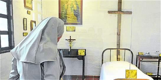 Santuario de la madre Laura, destino religioso