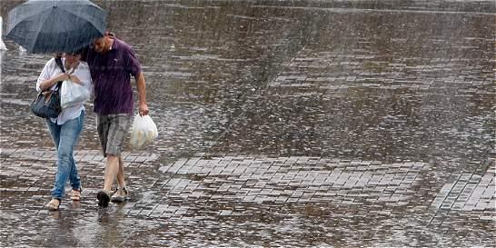 Alertan fuertes lluvias durante el puente festivo en Antioquia