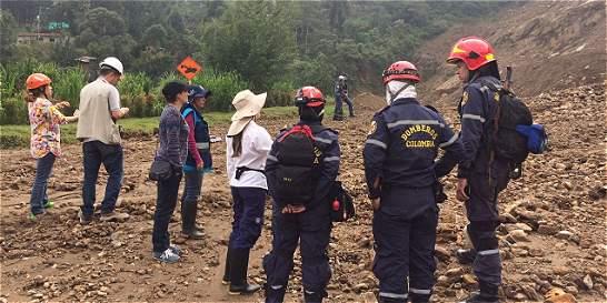 Ordenan evacuar 15 familias por riesgo de deslizamiento en Antioquia