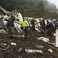 A las 9:49 p.m. del lunes la aeronave reportó el problema