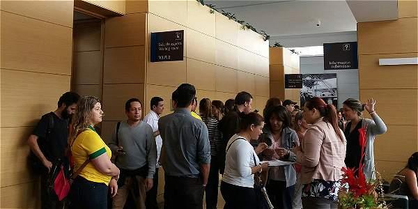 El grupo de voluntarios ya se reúne en el aeropuerto de Medellín.
