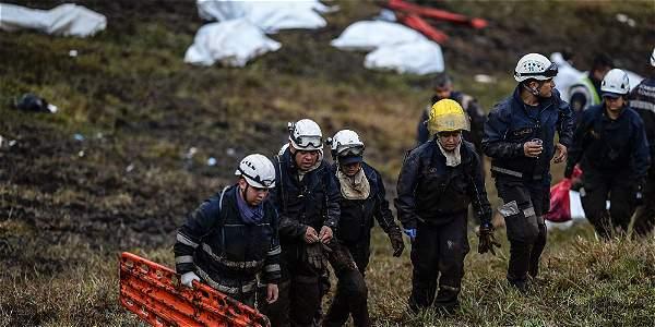 Durante las labores de rescate realizadas en la zona, organismos de socorro consiguieron encontrar seis personas con vida.