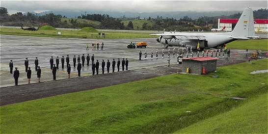 Avanza la repatriación de los cuerpos de víctimas de accidente aéreo