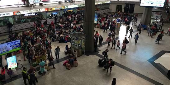 Terminales de Medellín han movilizado 1'600.000 pasajeros en diciembre