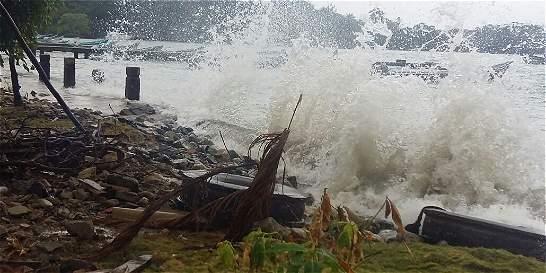 Madre e hijo fallecieron tras naufragio de embarcación en Acandí