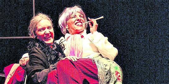 Actores del Pequeño Teatro de Medellín viajaron a festival en Chile