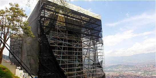 Concejo de Medellín analizó obras de la Biblioteca España
