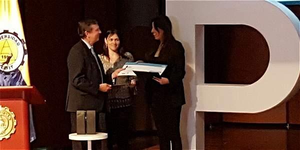 Patricia Engel  recibió el Premio Biblioteca de Narrativa Colombiana (III PBNC), que se presentó esta noche en la Universidad Eafit de Medellín.