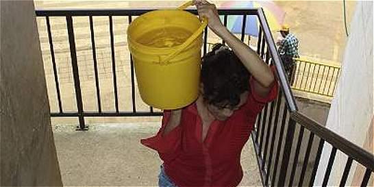 Restablecimiento del servicio de agua en barrios de Medellín y Bello