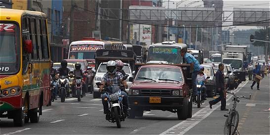 Campaña busca reducir accidentes de tránsito en Medellín