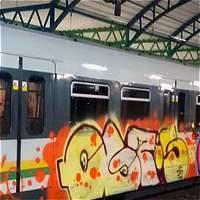 Frustran intento de pintar uno de los trenes del metro de Medellín