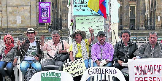 El paro agrario se mantiene, asambleas definirán qué hacer'