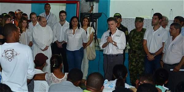 Santos expresó solidaridad a familiares de los 31 menores muertos