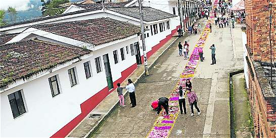 Guayatá (Boyacá) se vistió de flores - ElTiempo.com