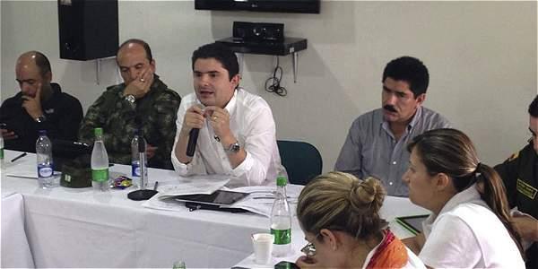 El ministro de Vivienda, Luis Felipe Henao, se reunió con las autoridades en Yopal.