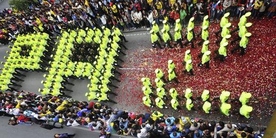 Desfile militar resaltó a las mujeres y la paz