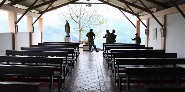 La 'oficina' de la guerrilla que se convirtió en capilla del Ejército