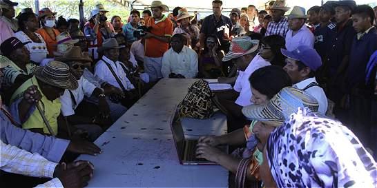 Levantan el paro sobre línea férrea de Cerrejón, en La Guajira
