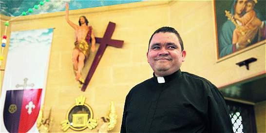 El sacerdote que le devolvió la fe a Puerto Gaitán