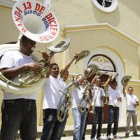 Tras años de violencia, El Guamo renace de sus cenizas
