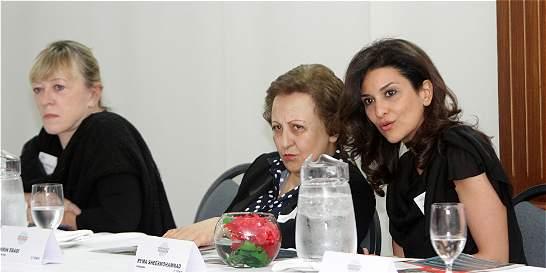 Santos se reúne con dos Nobel de paz para hablar sobre víctimas