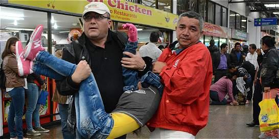 Emergencia en terminal por desmayos de niñas del Carmen
