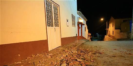 Por el fuerte temblor, en Betulia nadie durmió
