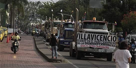 Paro camionero continúa; pérdidas diarias son de $ 6.000 millones