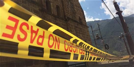 Temblor dejó sin iglesia a Matanza, Santander