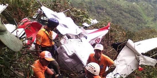 'Pilotos reportaron por radio difíciles condiciones climáticas'