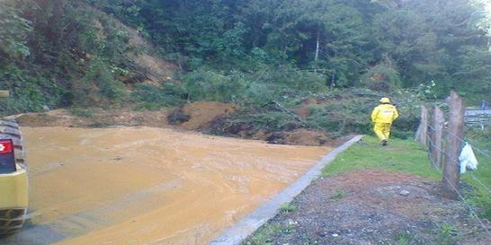 Lluvias generan bloqueos en vías nacionales de Santander